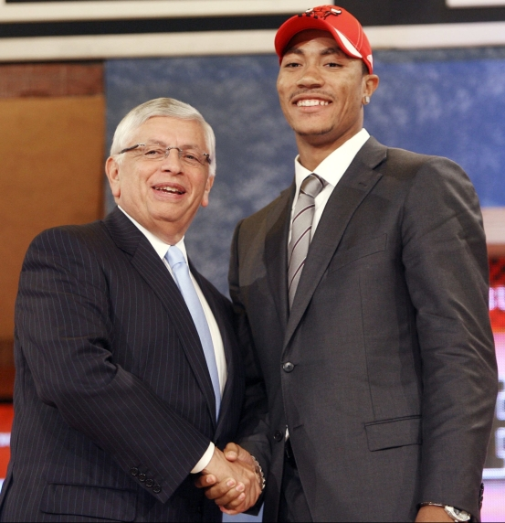 ct-derrick-rose-2008-nba-draft.jpg